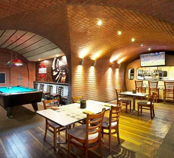 MoreCravings_The Underground Pub_Dubai