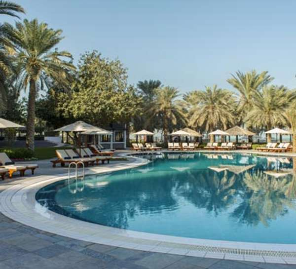 MoreCravings_Azure Pool Bar & Restaurant_Dubai