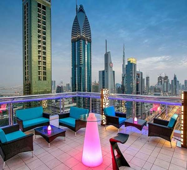 MoreCravings_Level 43 Sky Lounge_Dubai